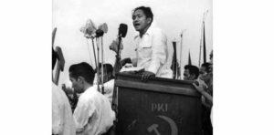 Jokowi Ingin Tabok Orang yang Bikin Hoax PKI 1