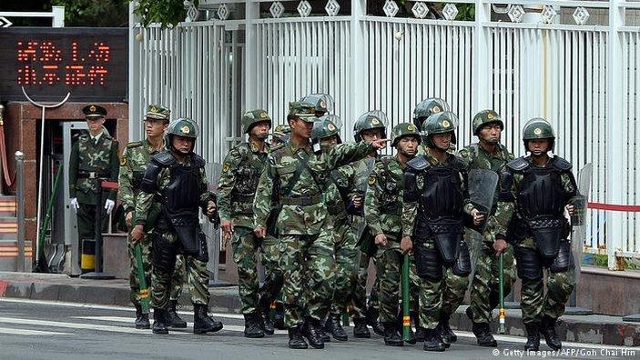 Kekang Uighur, Rezim Cina Terapkan Kampanye Anti-Halal